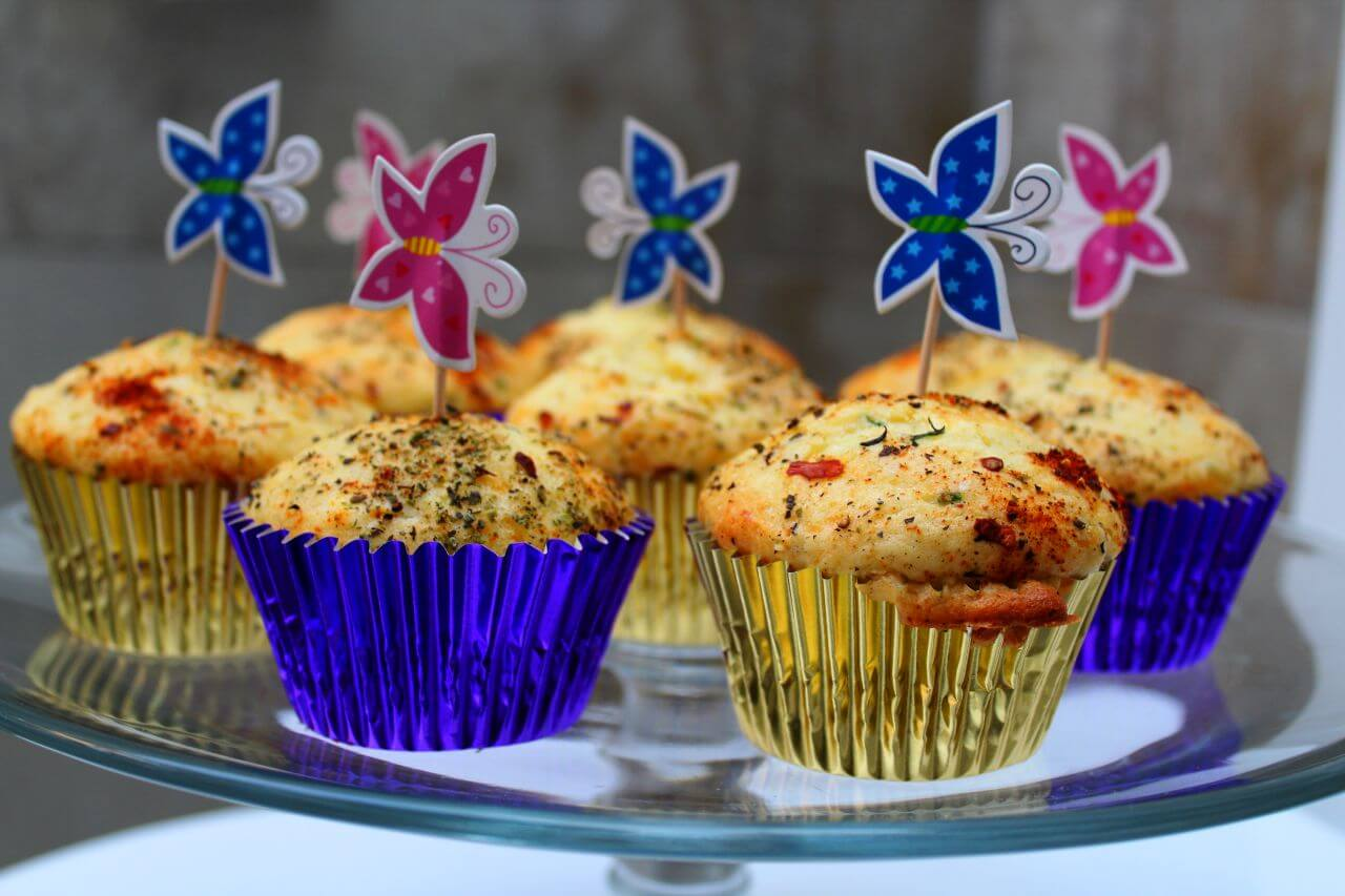 Herbed Feta and Chilli Muff-Cakes